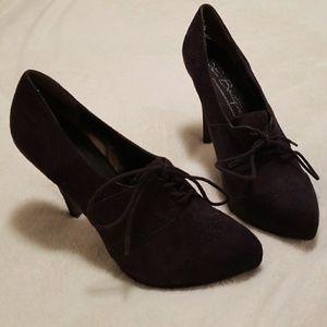 b9365eda1a4c Sam Edelman Shoes - Sam Edelman Boutique Racquel Booties - Size 9.5